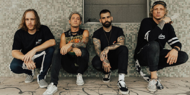 The Word Alive (US), Make Them Suffer (AU), Of Virtue (US), Aviana (S) A38 Hajó