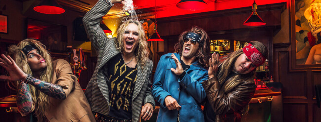 STEEL PANTHER (US) Barba Negra Track