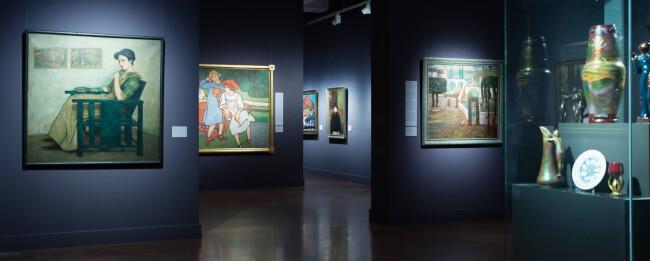 A Modern idők című állandó kiállítás kiemelt művei ? önkéntesek tárlatvezetése angolul Magyar Nemzeti Galéria